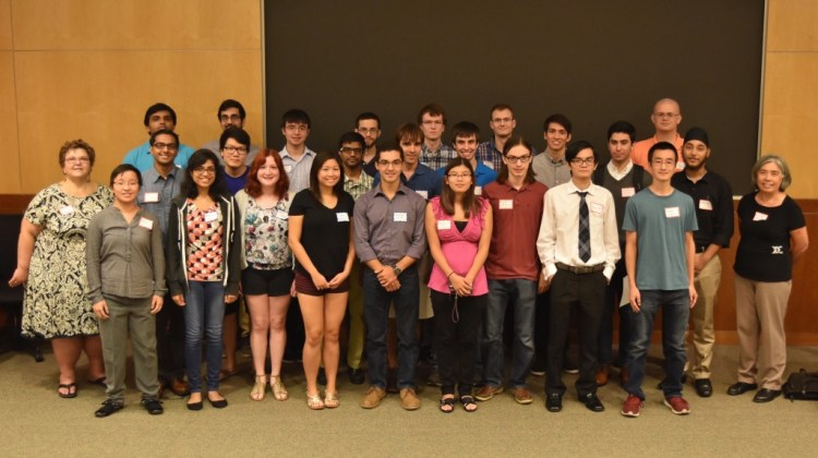 Undergraduate Students participating in the Fall 2015 UG Research Course. Students pictured with Dr.'s Straach and Morales