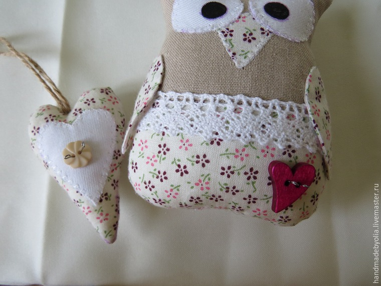 We sew a naughty owl on a branch, photo № 39