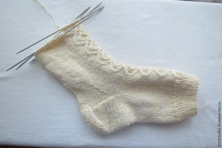 Вяжем шерстяные носки на 5 спицах, фото № 10