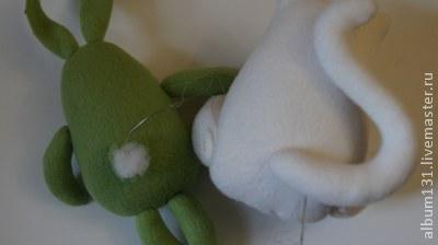 Machen Sie lustige Spielsachen aus Fleece, Foto № 13