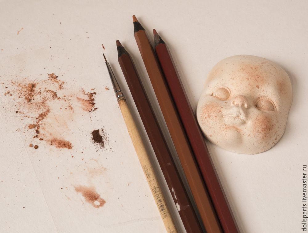 Clase magistral pintando la cara de una muñeca, foto número 7