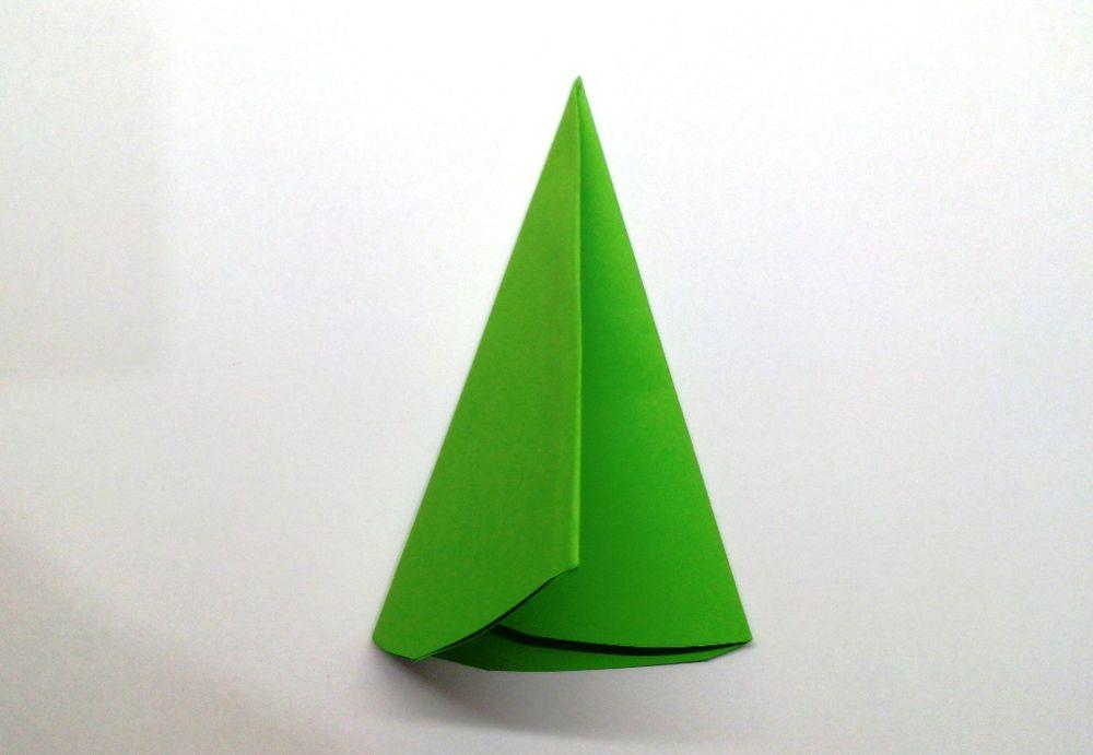 Vystřihněte pravou pětičlennou hvězdu z papíru, fotografie číslo 5
