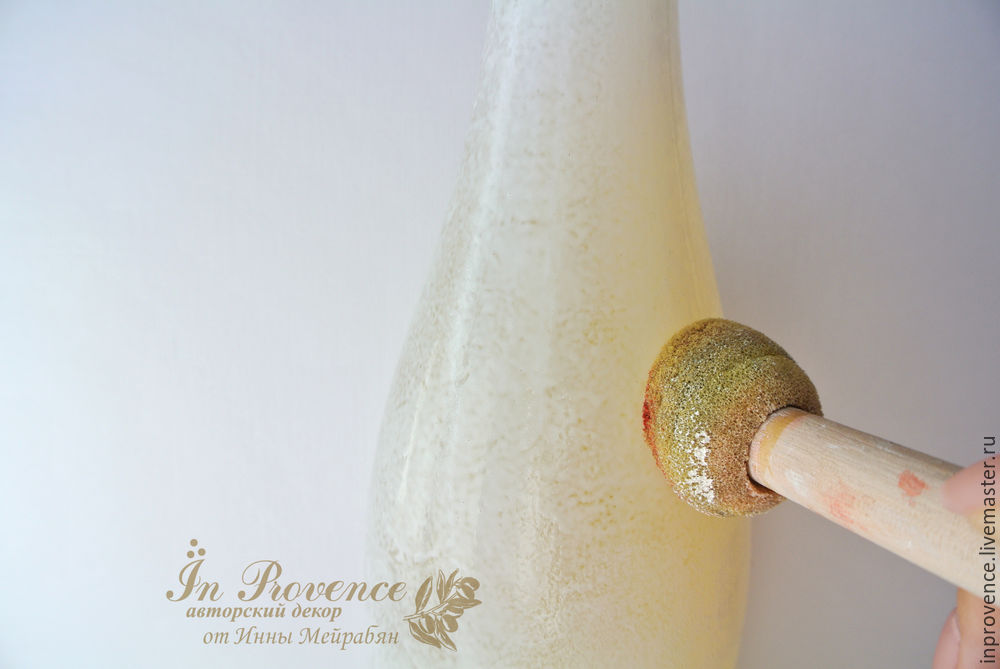 Botol penyaduran tanah liat polimer.