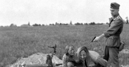В плену у диких народов-девушки — photo 13