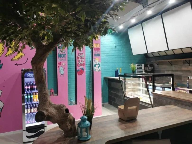 étterem belső pult színes