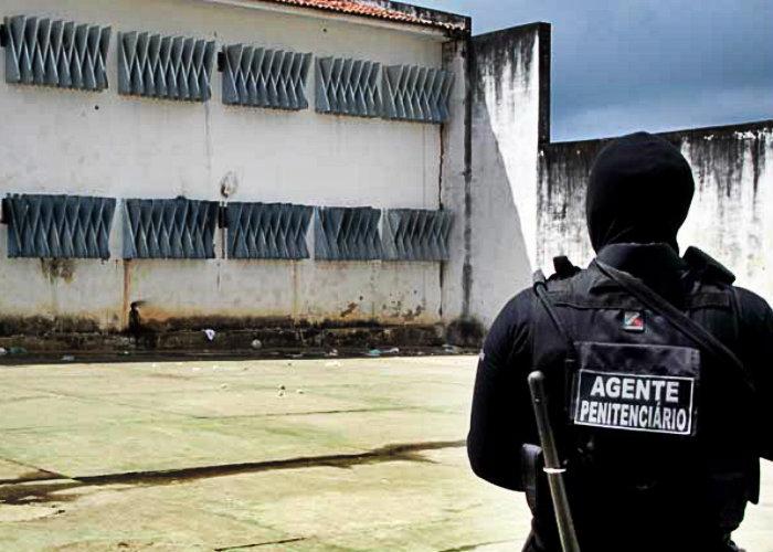 Resultado de imagem para agentes penitenciários