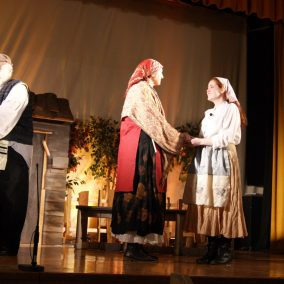 fiddler-on-the-roof-seton-catholic-central-high-school-theatre-performing-arts10