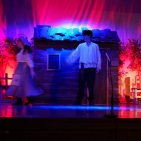 fiddler-on-the-roof-seton-catholic-central-high-school-theatre-performing-arts4