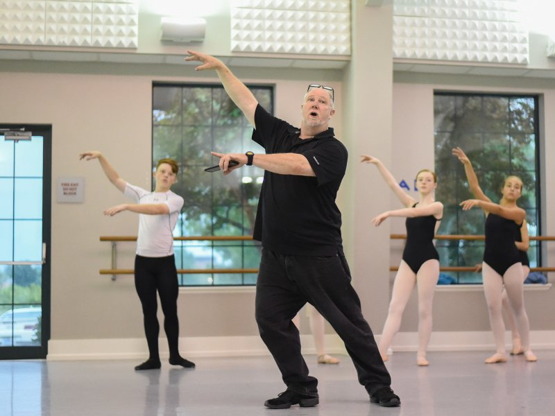 Tim Fox teaching Classical Ballet Technique