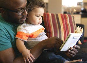 petite-enfance-bebe-lecteur