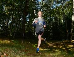Elijah runs to the finish