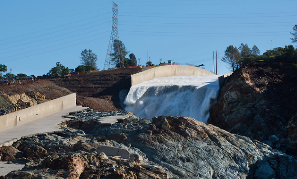DWR awards contract for Oroville Dam spillways repair