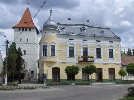 csonkatorony_arany_palota