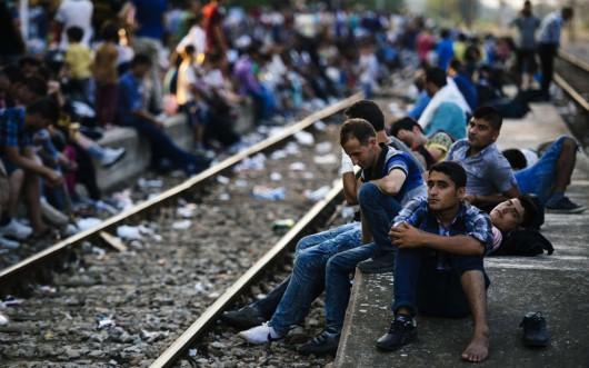 Robbanásközeli a helyzet Európában a migránsok miatt