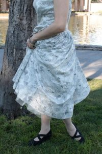 Three-quarter view - turning in dress