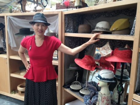 My Hummingbird top (pattern by Sewing Cake) and black straw fedora by O'Lover Hats