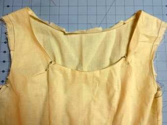 Bodice - back adjustment muslin - csews.com