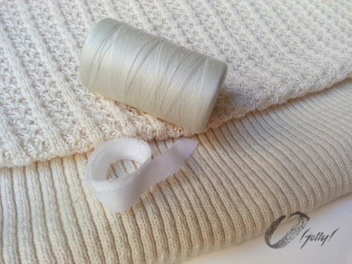 Win this O! Jolly! sweater knit kit! To enter go to CSews.com by 4 November 2016.
