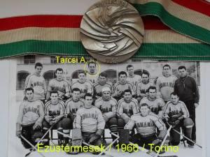 """A Torinóban az Universiade-n ezüstérmes 1966-os román """"egyetemista"""" válogatott"""