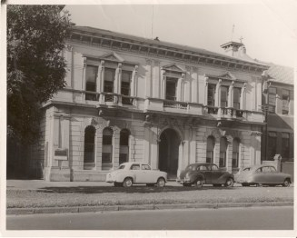 The Advisory Council of Science and Industry was located here, at 314 Albert Street, East Melbourne.