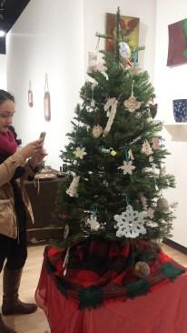 Valeria and the tree