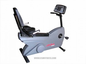 Life Fitness LifeCycle 9500HR Dove Tail Recumbent Bike