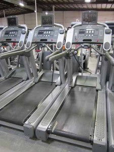 Life Fitness 95Ti Treadmill with TV