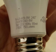 750 lumen LED lightbulb set 3