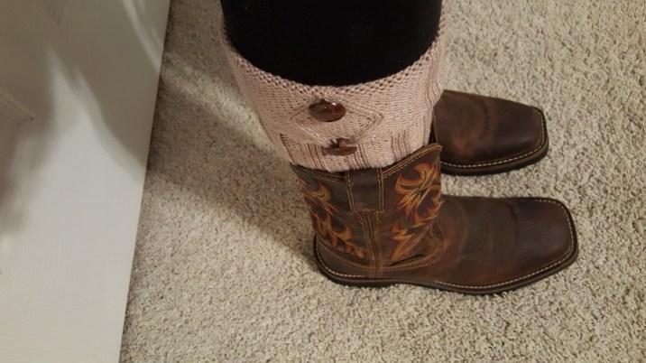 beige-and-black-boot-socks-5