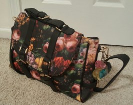 vmate-flowered-handbag-9