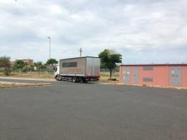 Uno dei 3 camion che ci ha consegnato il materiale