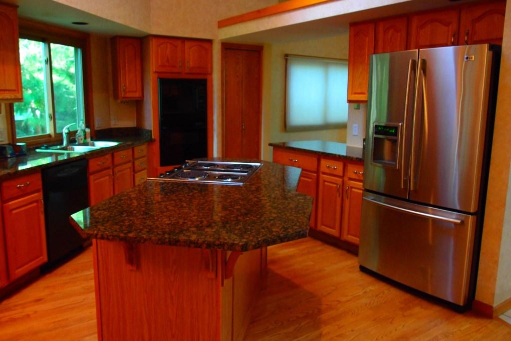 Gladstone Kitchen 2