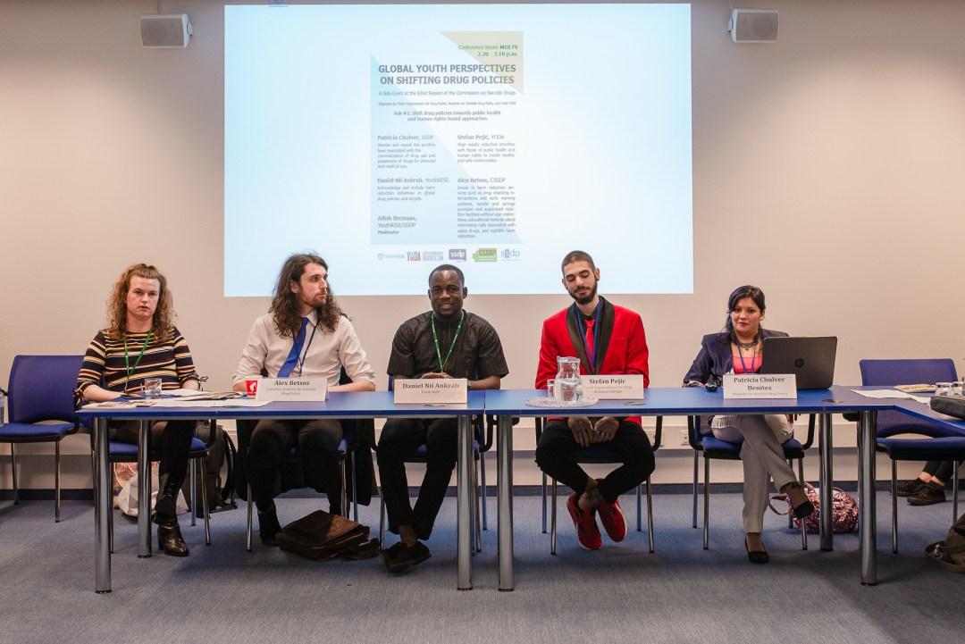Youth delegates at Paradigma 2019