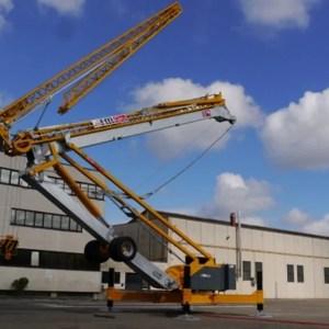 Self erecting crane 930 RBI