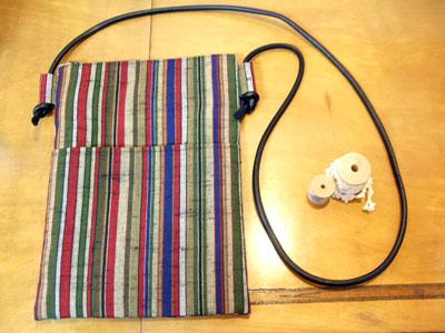 形見の着物から製作したご自身用のリメイク商品はハンドバッグとメガネケース