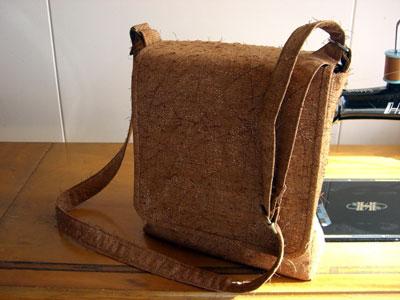 ひげ紬からリメイクしたショルダーバッグのお話