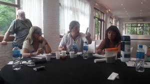 colo-reunion-de-mesa
