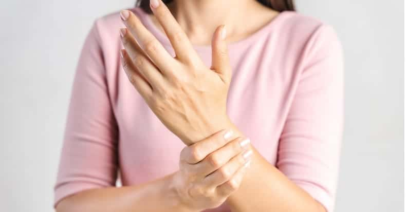 Traction for Carpal Tunnel Syndrome | Connecticut Disc and Laser Therapy Centers | Dr. James J. Dalfino