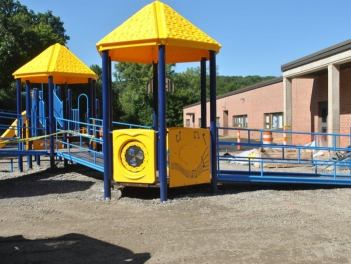 pembroke-playground___06114119344
