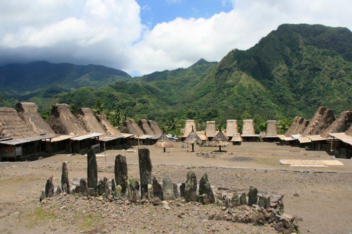 Het traditionele dorp Wogo op Flores