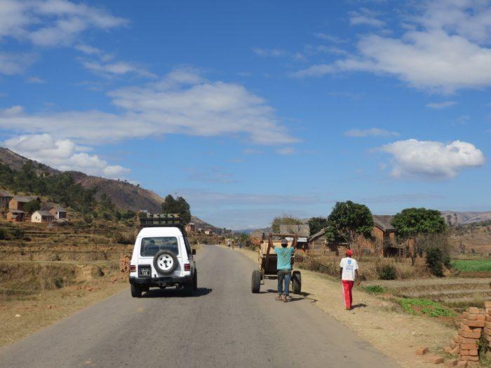 tips over Madagaskar