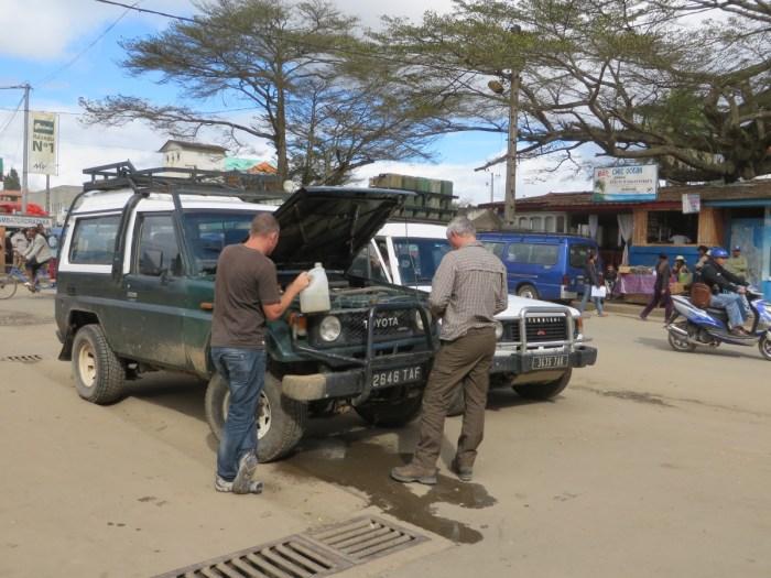 autopech met de jeep