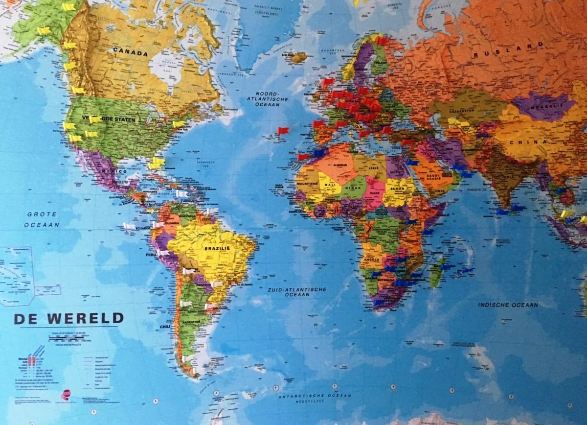 wereldkaart in onze gang