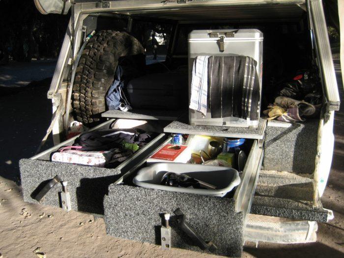 achterkant van jeep