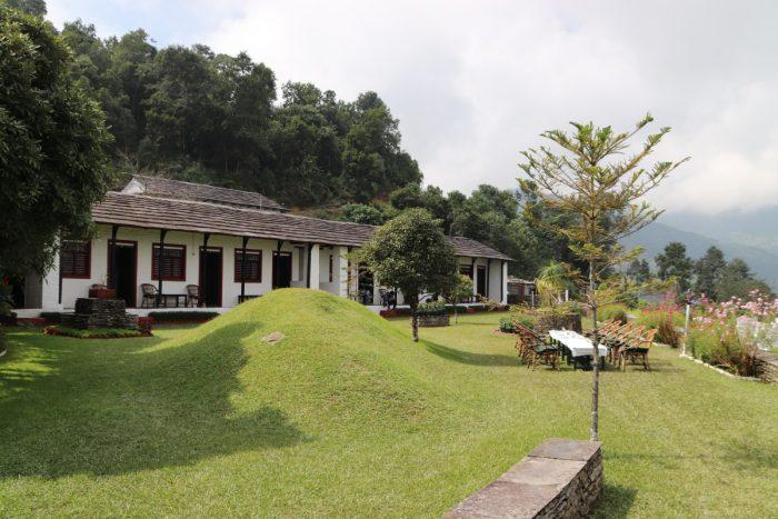 Basanta Lodge, Damphus