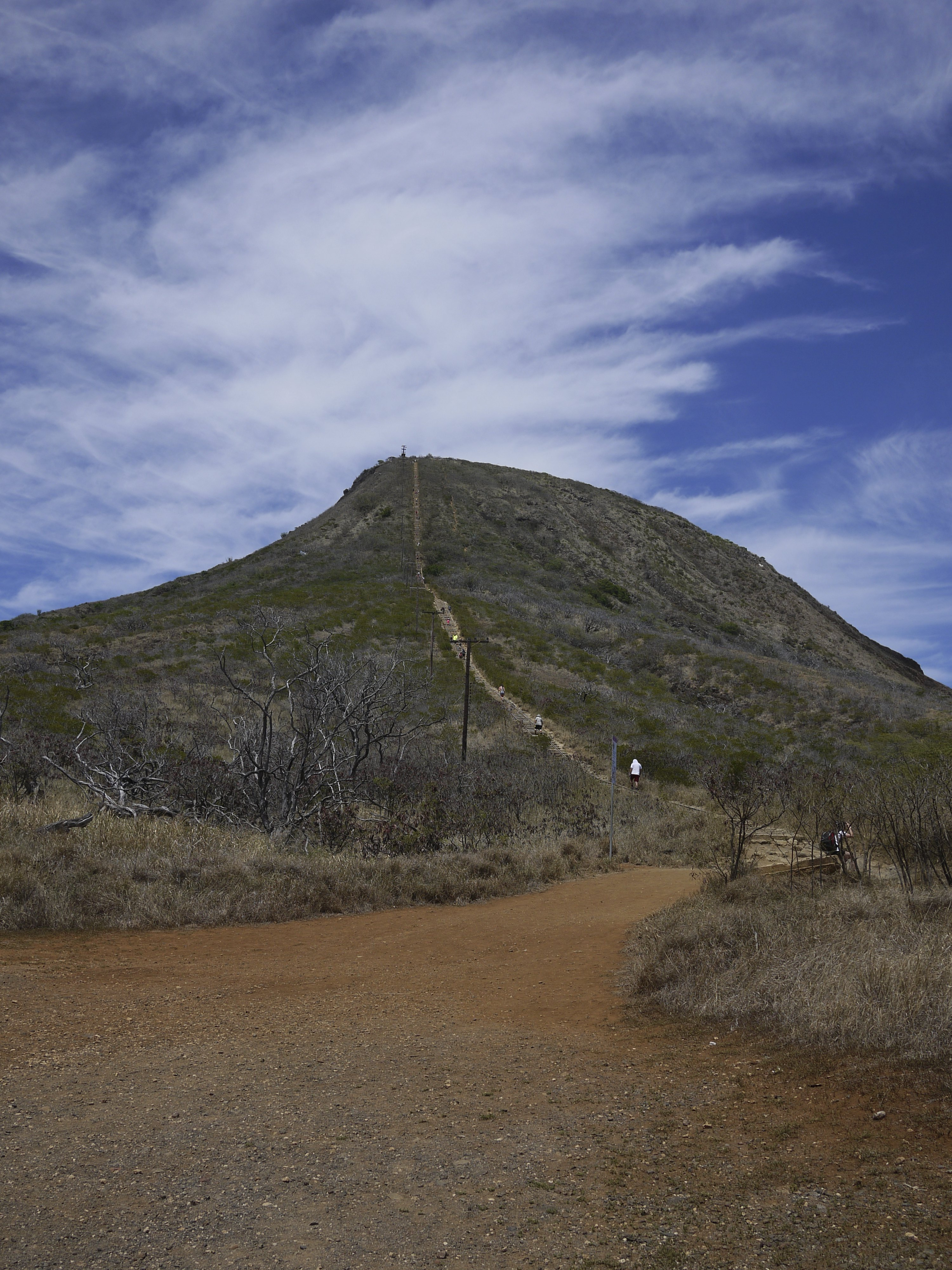 A trail with two different points of view, Sugarloaf ...