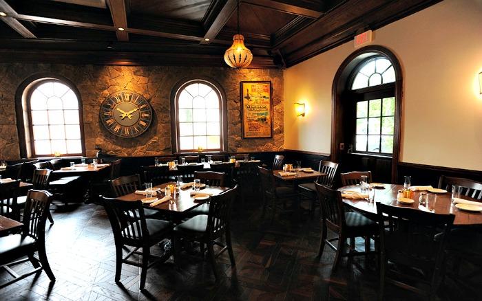 Restaurant e sized