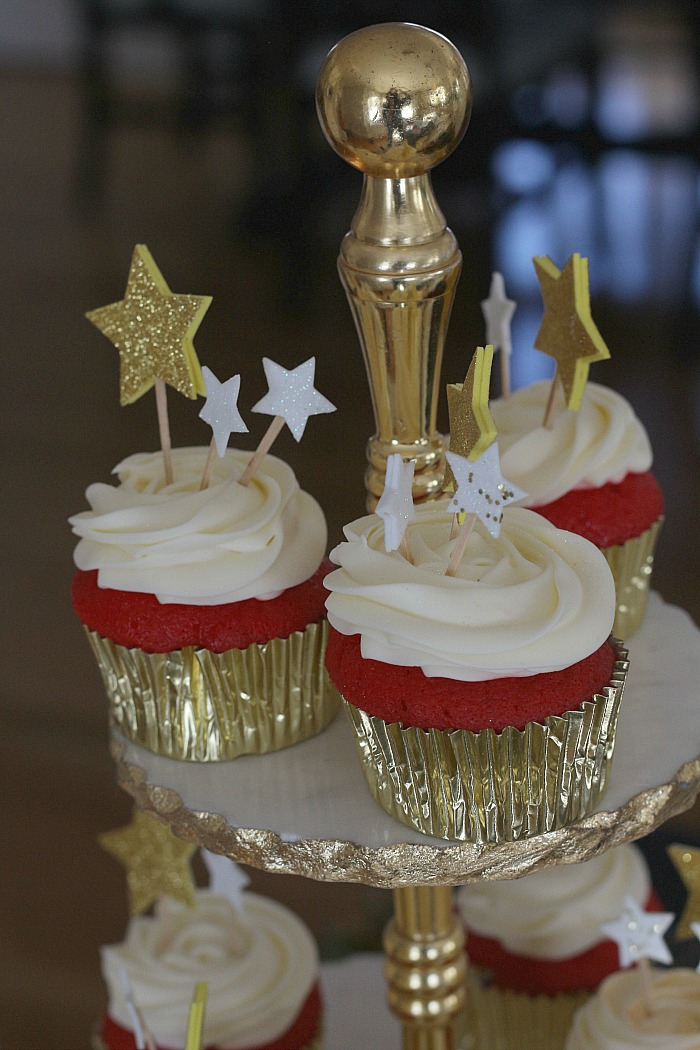 Red Carpet Cupcakes