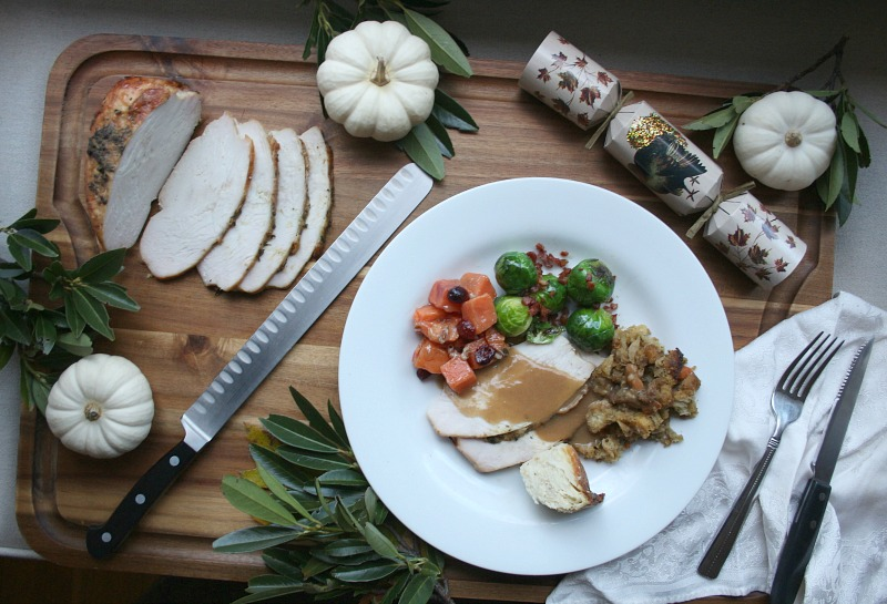 A Breezy and Bountiful Thanksgiving Plate
