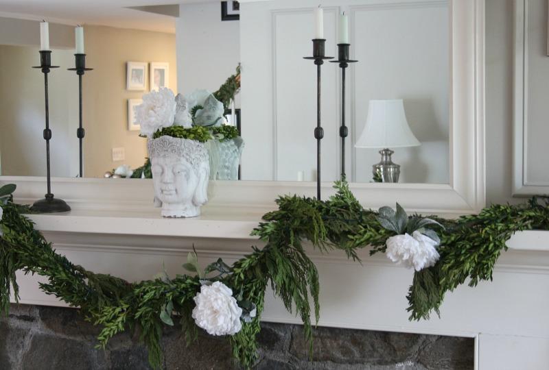 Sarah O'Brien's Holiday Zen Living Room